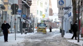 Външно предупреждава за ограничения в Германия за Великден
