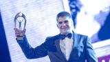 Министър Георгиева дава джип на Иво Ангелов