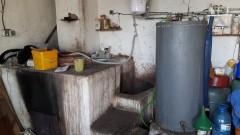 Разкриха нелегален казан за ракия в Силистренско