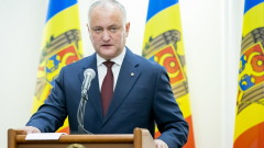 Додон очаква Молдова скоро да получи руската ваксина