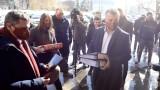 ВМРО влиза в изборната битка самостоятелно, но зове за обединение