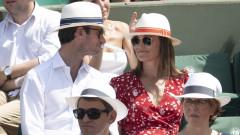 Сестрата на Кейт Мидълтън бременна и елегантна