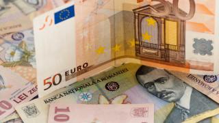 Анализатори: Румънската лея може да падне до ново историческо дъно през 2019-а