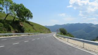 До средата на февруари остава затворен пътят Големо Бучино-Перник