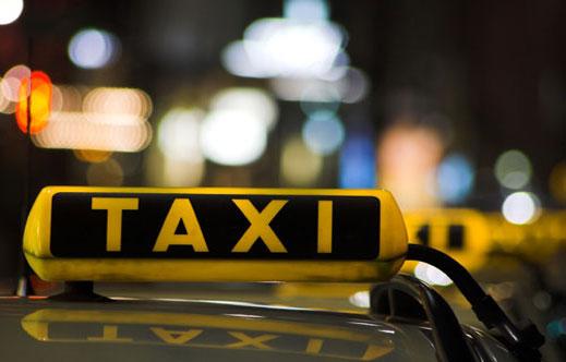 Арестуваха таксиджии, помагали на измамници