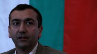 Троянов: Даваме чувалите с бюлетини на партиите, да броят
