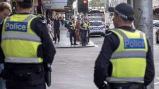 Шофьорът, прегазил пешеходци в Мелбърн, се сдоби с 19 обвинения