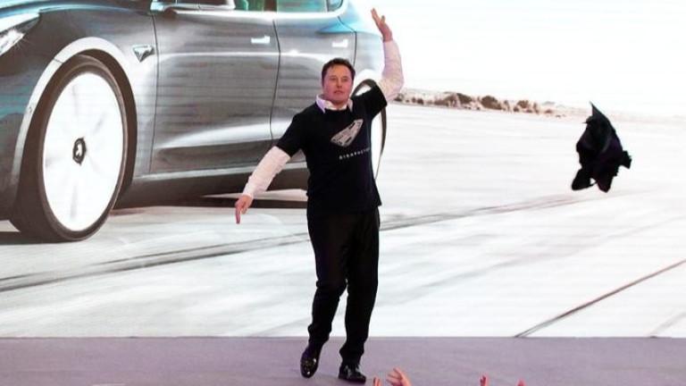 Акциите на Tesla се удвоиха до $540. А този експерт смята, че ще стигнат $6000