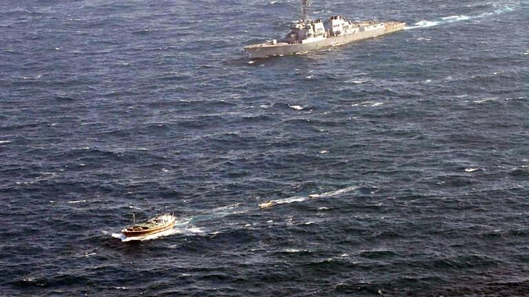 Американски военен кораб акостира в Судан днес ден след пристигането