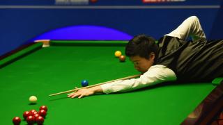 Дин Жинхуй крачи към световната титла