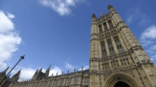 Британският парламент подложен на кибератака