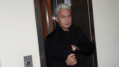Сидеров отказва дори да седи до Симеонов и Радан Кънев
