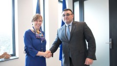 Маринов се разписа в Златната книга на Европол