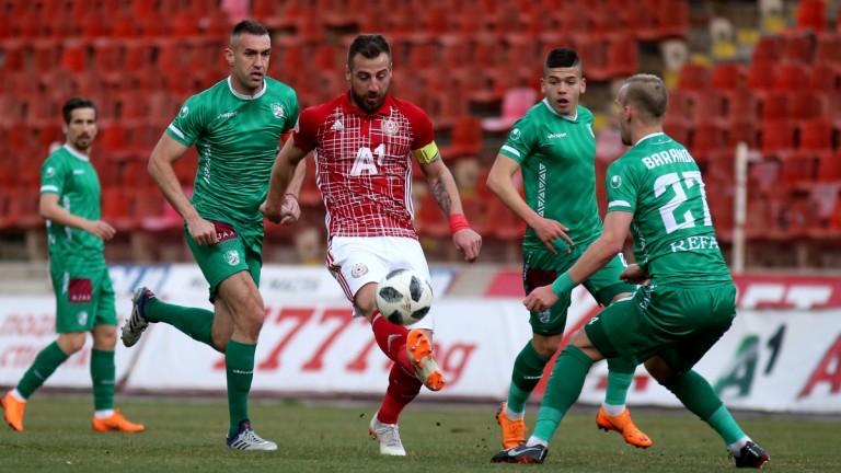 Капитанът на ЦСКА Николай Бодуров е под въпрос за старта