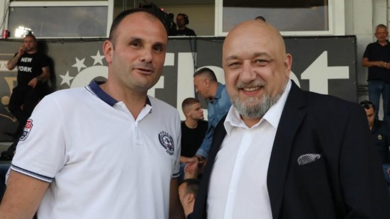 Отговорникът за международната дейност в БВ Волейбол Борис Халачев даде