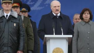 Десетки задържани на протестите в Беларус