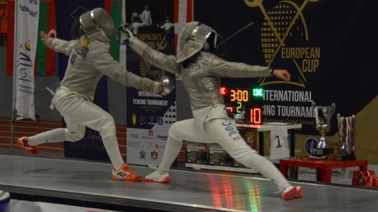 Българските сабльори взеха златния медал и в отборната надпревара на