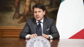 Прокуратурата разпитва премиера на Италия три часа за коронавируса