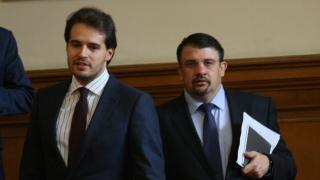 Тренчев и Ананиев напуснаха ДБГ