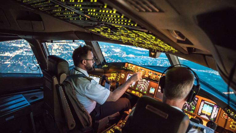 Около 400 000 служители в авиоиндустрията са изгубили работата си
