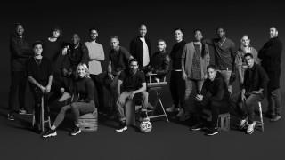 Какво събра 17 футболни звезди на едно място