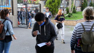 60 000 седмокласници на матурата по български език