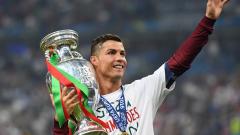 """Мундо Депортиво"": Кристиано Роналдо печели Златната топка!"