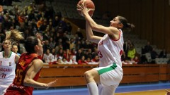 Разгромна загуба на баскетболистките в Украйна
