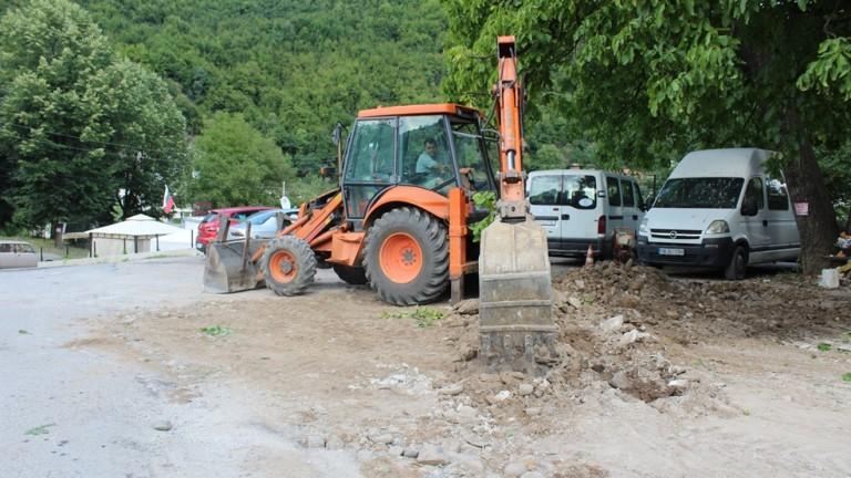 РИОСВ-Русе откри незаконен път, изграден с опасни строителни отпадъци, в
