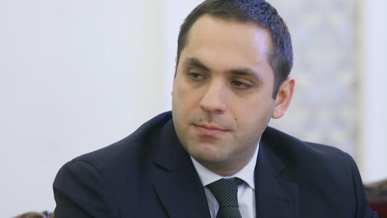 Караниколов не знаел, че досега президентът е подкрепял кабинета