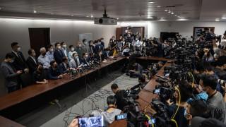 ЕС изисква Китай да промени правилата за депутатите в Хонконг