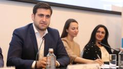 """Новаков и колегите му се борят за по-лек вариант на пакет """"Мобилност"""", ако се прокара"""