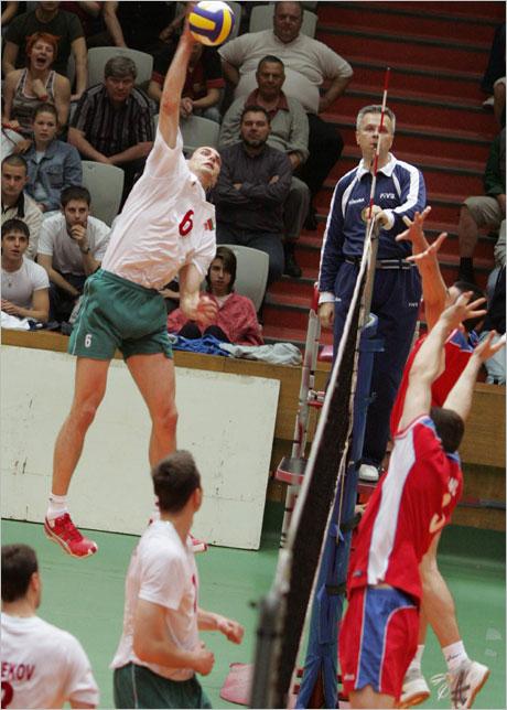 Николай Найденов пак в националния