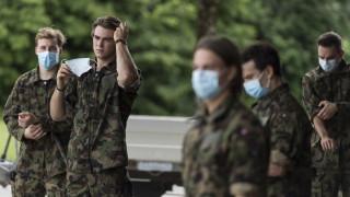 Швейцарската армия привлече медийно внимание с разрешението жените да носят дамско бельо