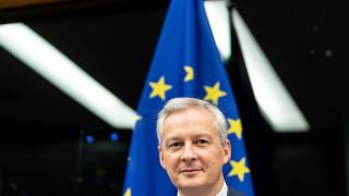 Франция иска от Германия да облекчи правилата за износ на оръжие
