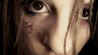 Изнасилиха 16-годишна на автобусна спирка