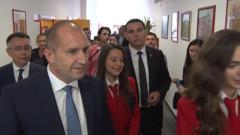 Радев отказа да коментира оставките на Нинова и Цветанов