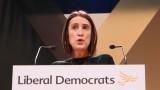 Победа на Либералните демократи стопи мнозинството на Джонсън до един глас