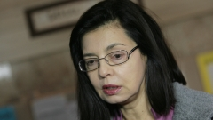 Разпитаха министър Меглена Кунева за случая с ваксините