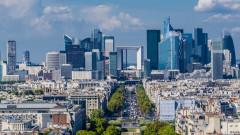 Франция намалява данъците и съкращава държавни служители