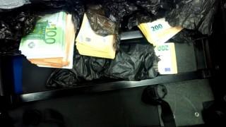 """Задържаха 166 000 недекларирани евро на """"Дунав мост 2"""""""
