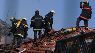 16 деца извадиха от огъня варненските пожарникари
