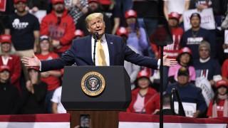 """Русия изригна срещу """"параноичните глупости"""" за намеса в САЩ в подкрепа на Тръмп"""