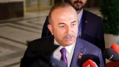 Чавушоглу предупреждава за кюрдски милиции, помагащи на Сирия в Идлиб