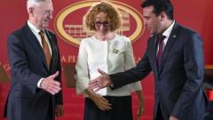 Шефът на Пентагона обяви в Скопие, че Русия се меси в референдума за името