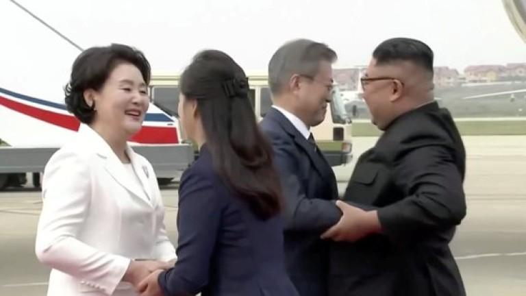 Президентът на Южна Корея кацна в Пхенян