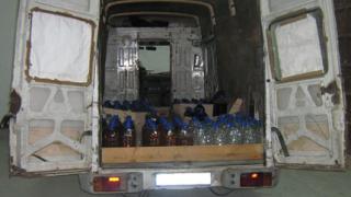 5100 литра ракия иззеха от склад в Долна баня