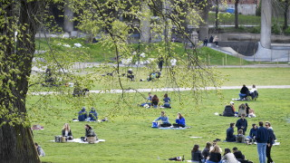 Жертвите на коронавируса в Швеция продължават да намаляват