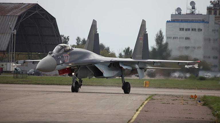 Снимка: Русия запаси Китай с 24 изтребителя Су-35