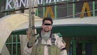 Кола бомба уби един афганистанец до конвой на сили на НАТО в Кандахар